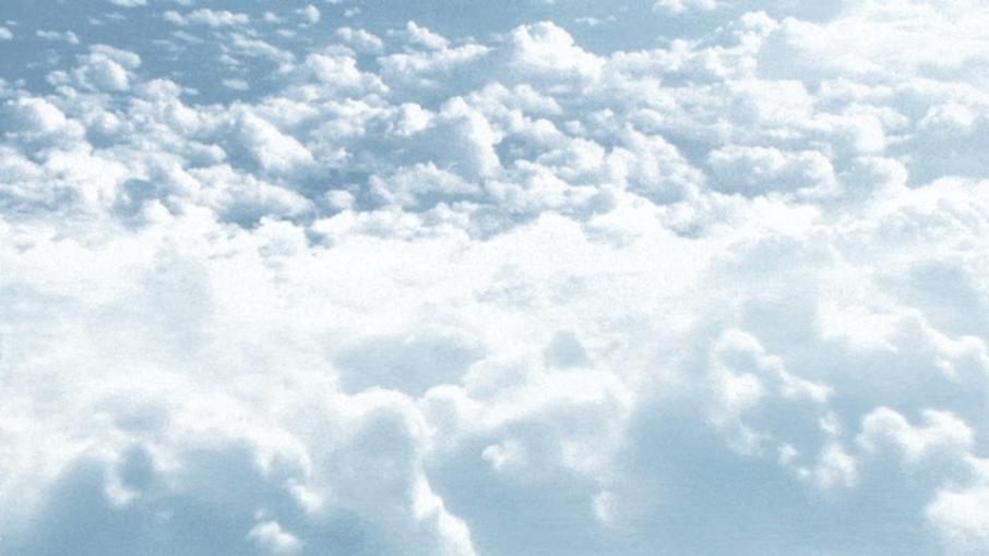 Une image contenant extérieur, nuageux, nuages, avionDescription générée automatiquement