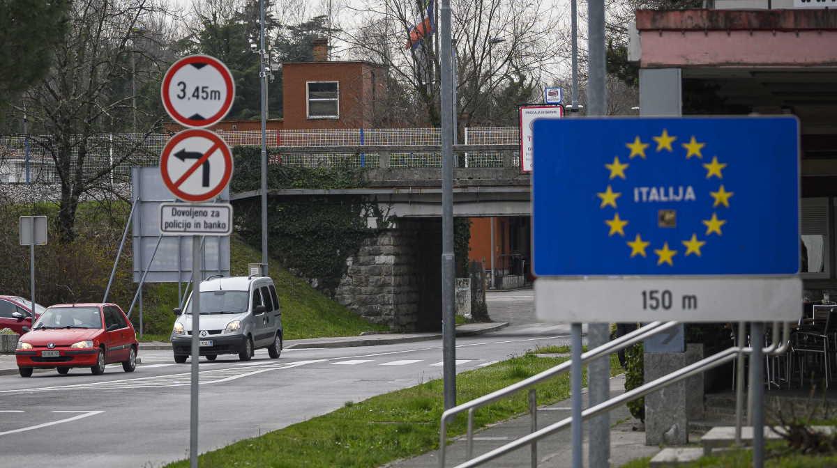 Italy border