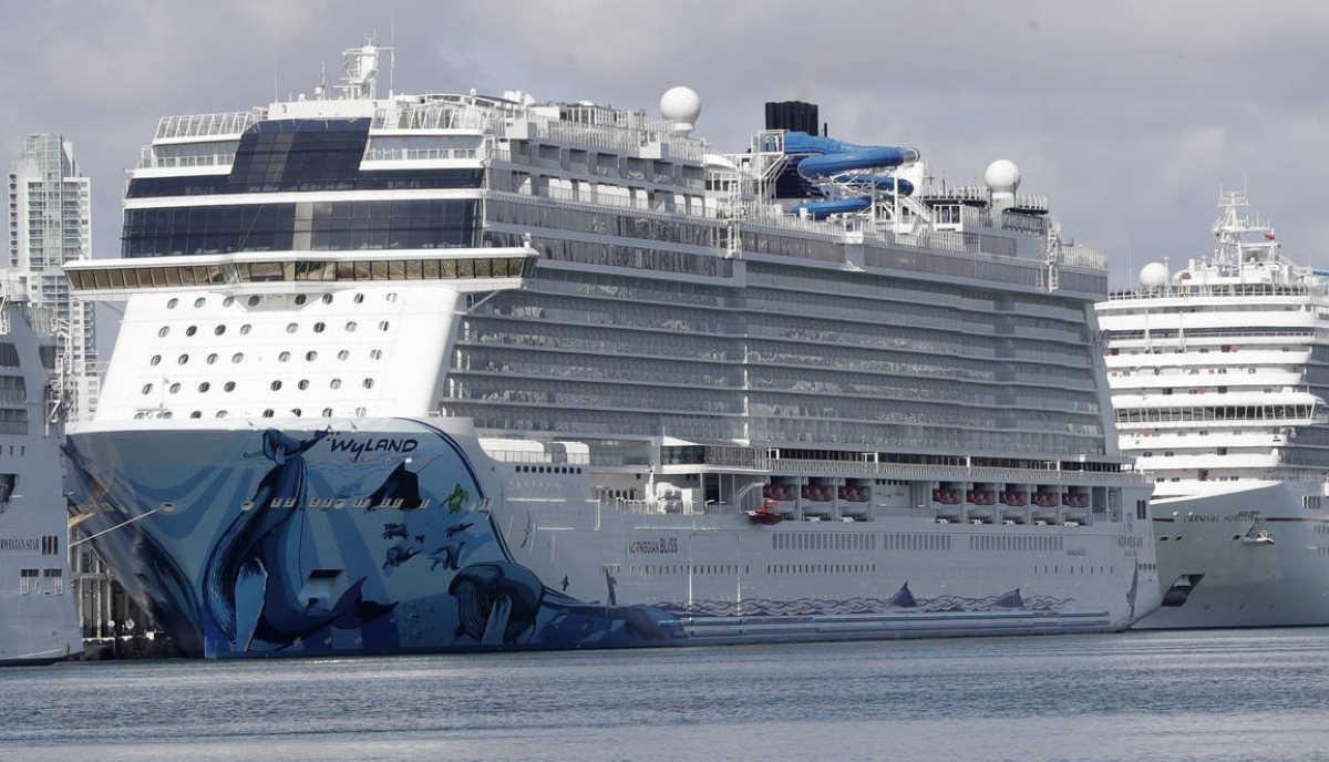 U.S. cruise ship