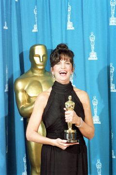 Minority Oscar Winners In Major Acting Categories Mercedes Ruehl