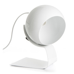 Bordlampe i hvit metall