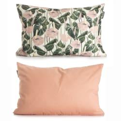 Pute i lys bunn m/trykk av liljer i grønn og rosa 40x60 cm
