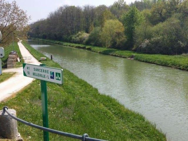 CAMPING MUNICIPAL LE CANAL