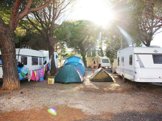 Camping Intercommunal de Roussillon