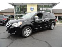 2011 Volkswagen Routan SEL Premium