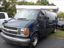 2000 Chevrolet Express 12 pass