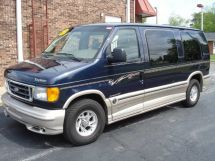 2003 Ford Econoline Limited SE