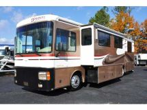 2000 Fleetwood Discovery 37 V