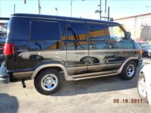 1998 Dodge Ram Van Base