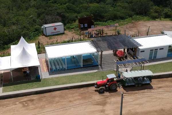 Construção sustentável do Parque de Aventura Karawa tã