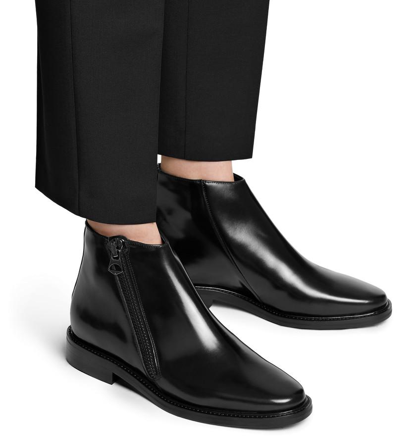 acne dally boot