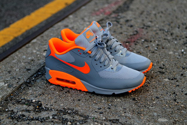 nike air max hyperfuse orange