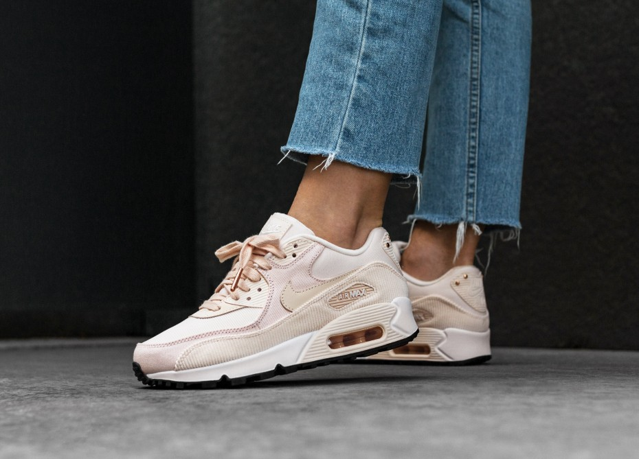 watch b1d75 d6fe4 Very Goods   Nike Wmns Air Max 90 LEA (Guava Ice   Guava Ice - Black - White)    asphaltgold