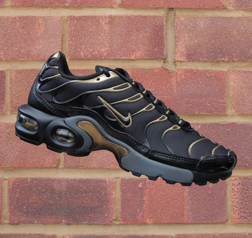 buy popular 30051 cac12 Nike Air Max Plus TN/Tuned 1 (GS) - Black/Metallic Gold – Limited Kicks UK