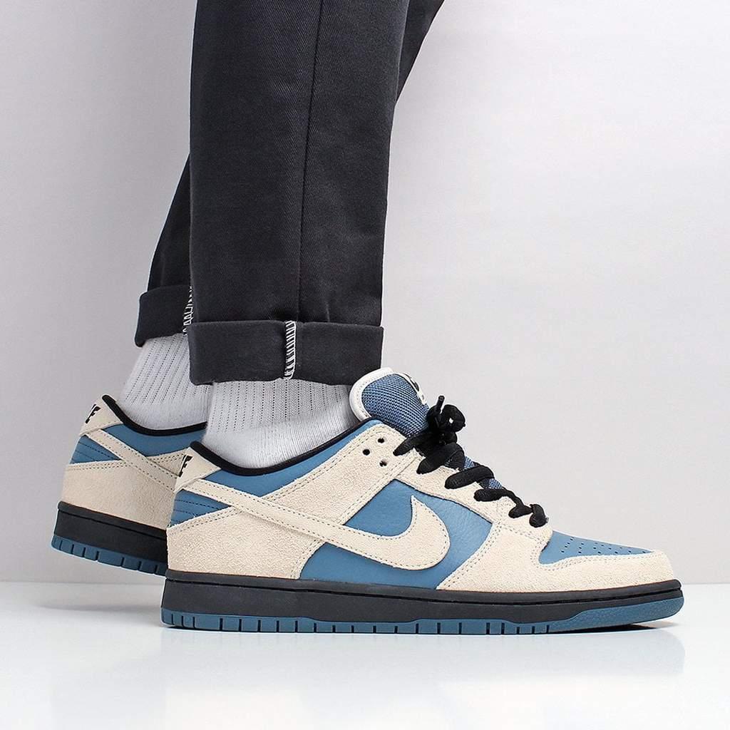 the best attitude 21792 858ab Nike SB Dunk Low Pro Shoes - Light Cream/Light Cream/Thunderstorm – Urban  Industry