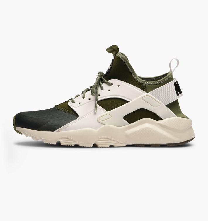 detailed look 03e27 66de2 Very Goods   Nike Air Huarache Run Ultra SE   Green   Sneakers   875841-300    Caliroots