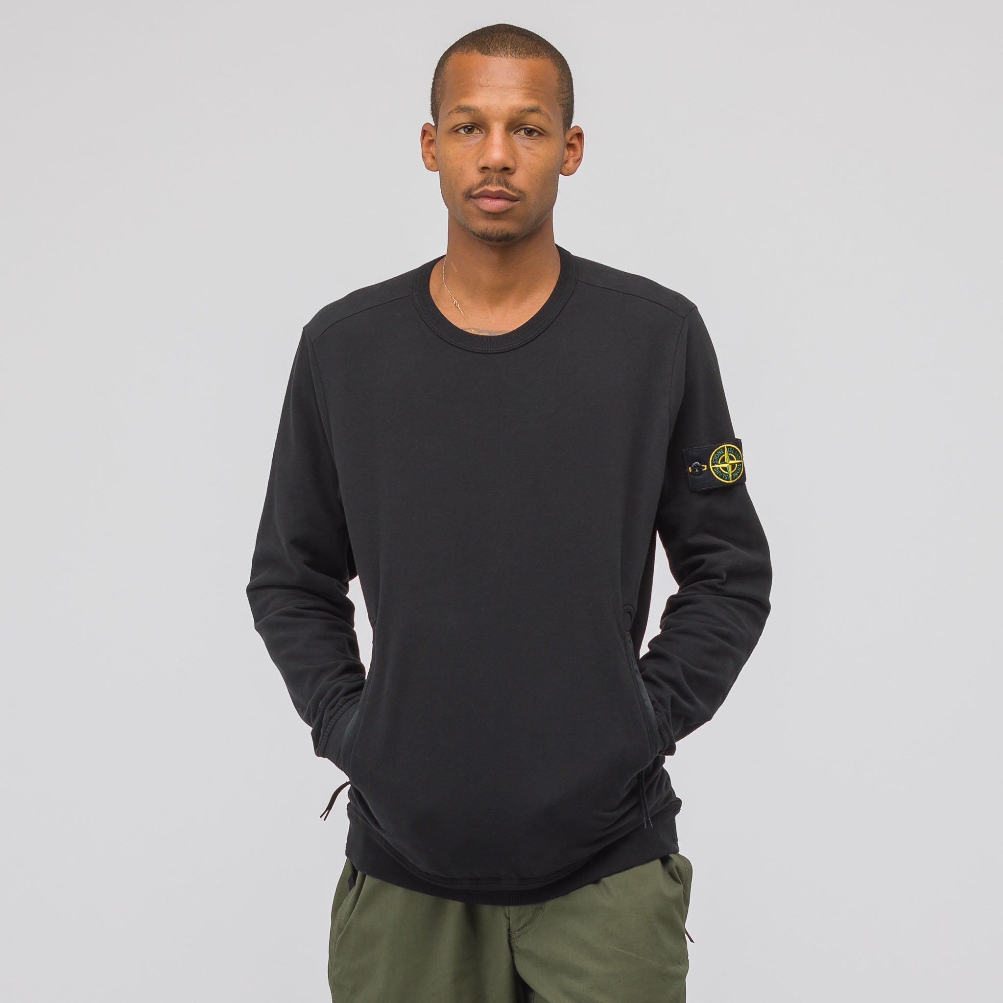 7f69a56131631 Very Goods | Stone Island 64438 Crewneck Sweatshirt in Black | Notre