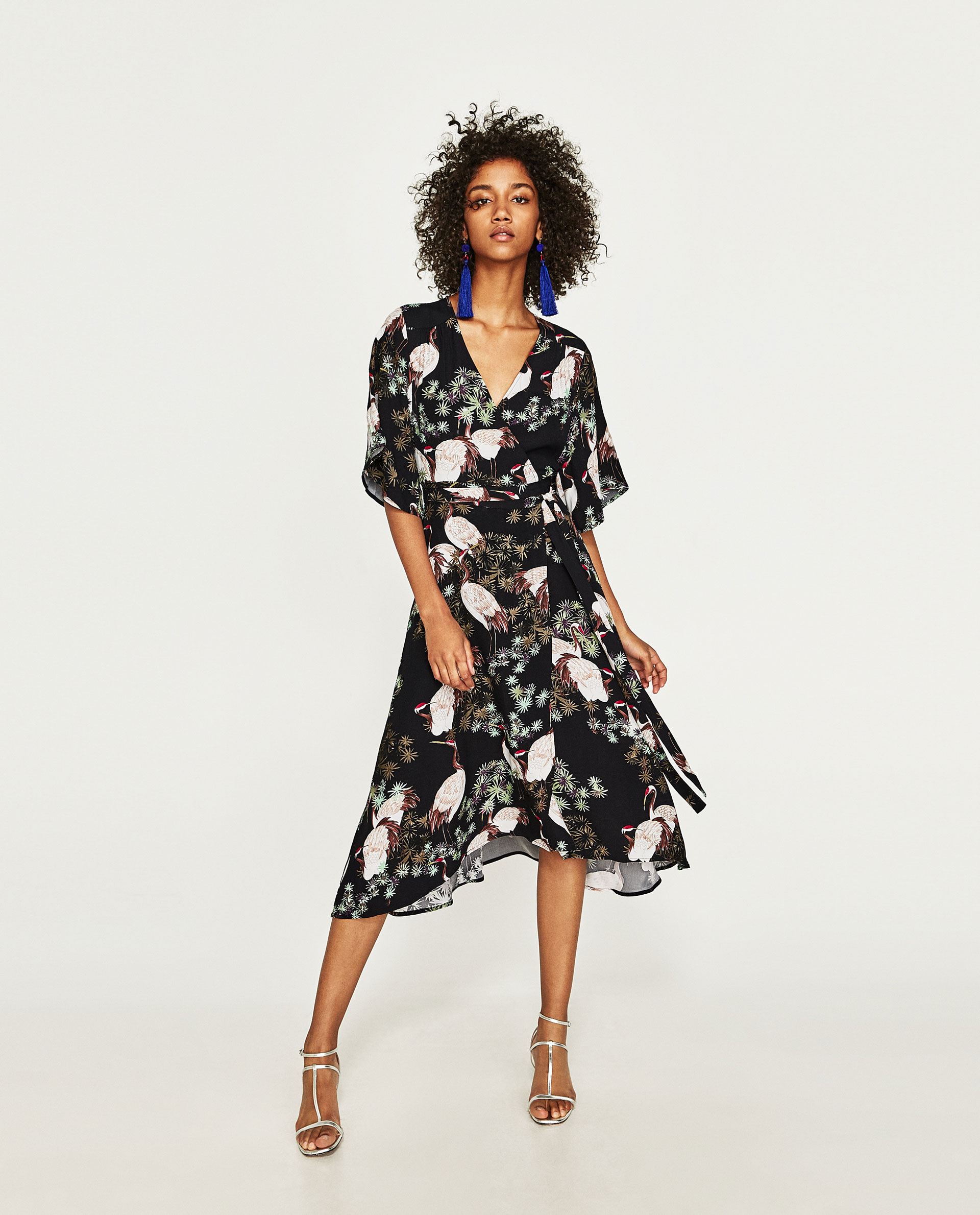 684cab38a19 Zara White Floral Midi Dress - Data Dynamic AG
