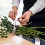Ribbon around white bouquet