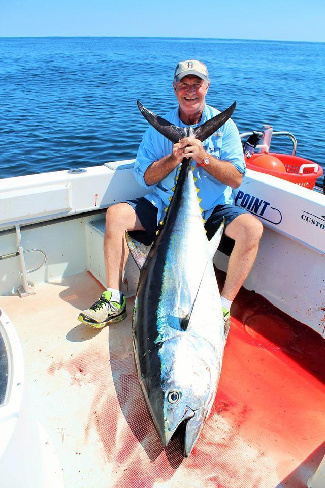 Coastal Charters Sportfishing: Light tackle tuna trip
