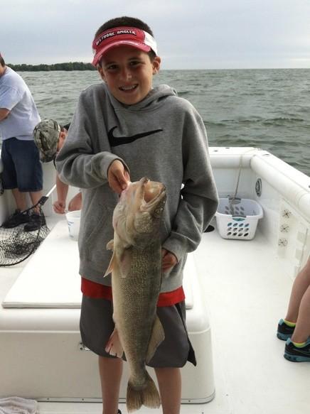 Kelleys Island Lake Erie Charters: Half Day Perch Trip