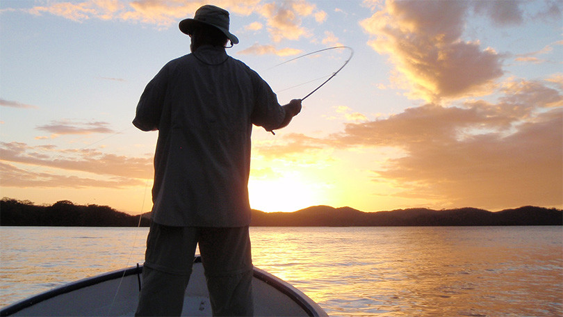 Redfish Landing Guide Service: NIGHT FLY FISHING