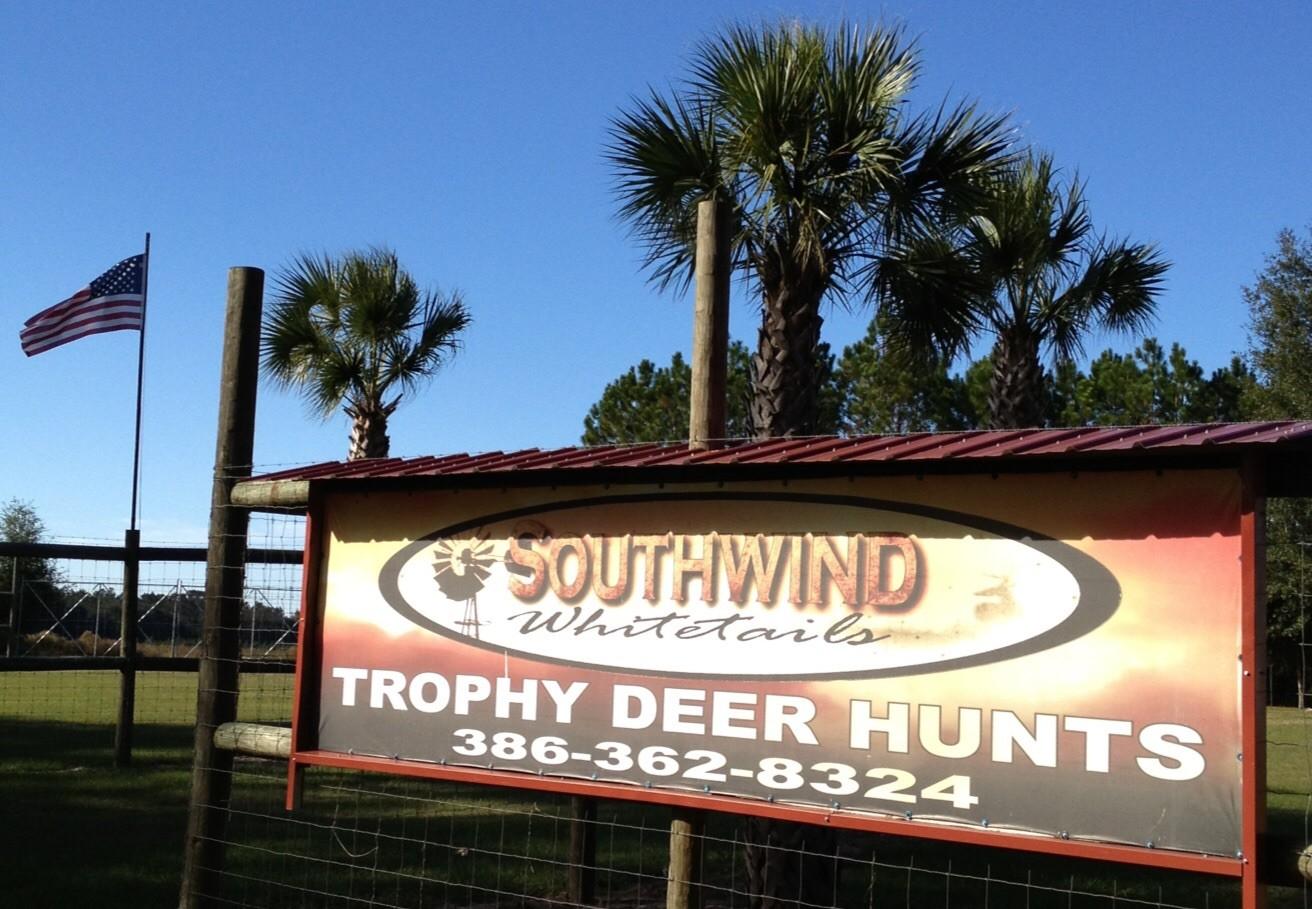 Southwind Whitetails: Hog Hunt