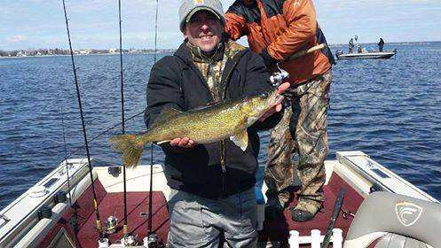 Green Bay Guides Llc: Walleye Trips