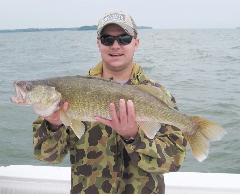 Mega Bites Charters: Walleye Fishing Trip