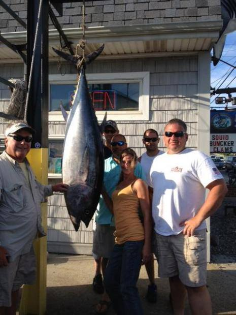 Island Girl Charters: Offshore Canyon Trip