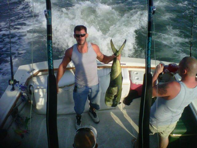 Blue Collar Man Sport Fishing Charters: Offshore Charters