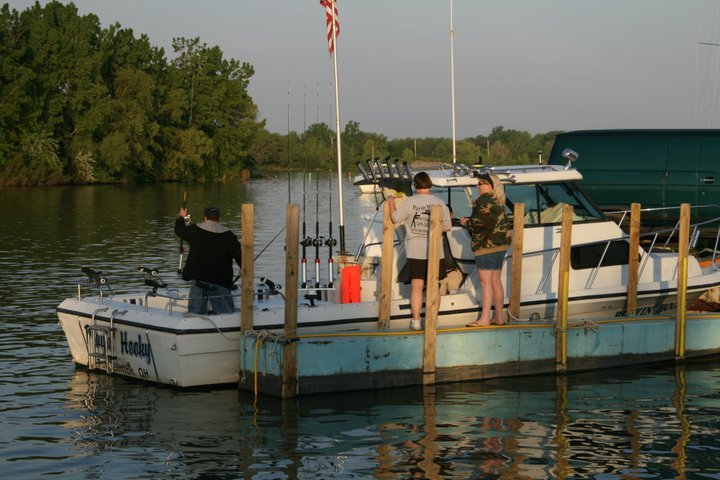 Playin Hooky Charters Ohio: 1/2 Day & Evening Charters