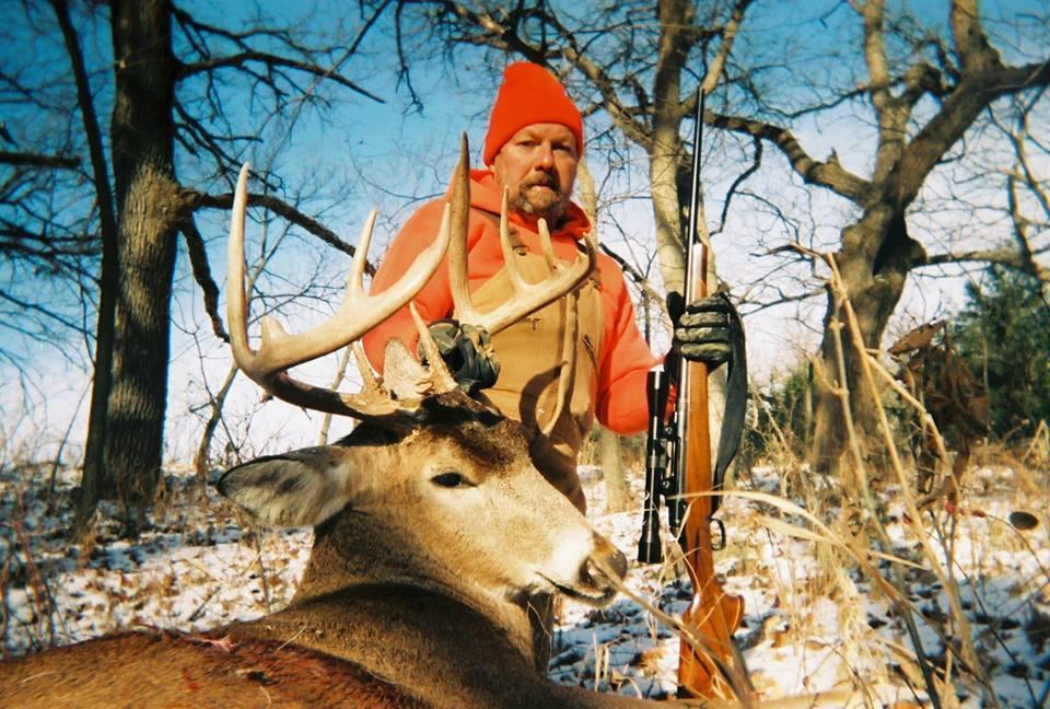Morris Gundogs & Guided Hunts: Kansas White Tail Hunt