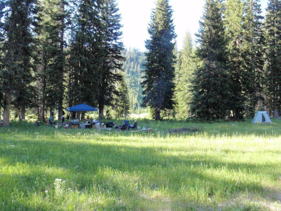 Wilderness Trails Inc: Bedroll & Breakfast