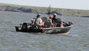 Thunderstik Lodge: Walleye Fishing Package