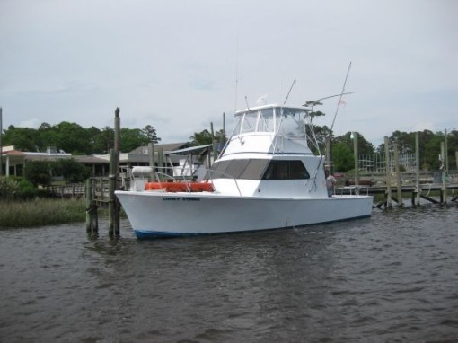 Lucky Strike Charters: Offshore Full Day