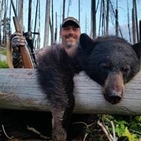 Bitterroot Outfitters: Bear Hunts