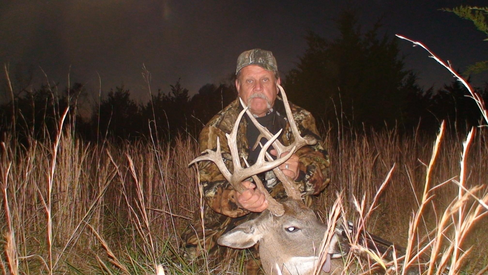 Muddy Creek Whitetails: Preserve Hunts