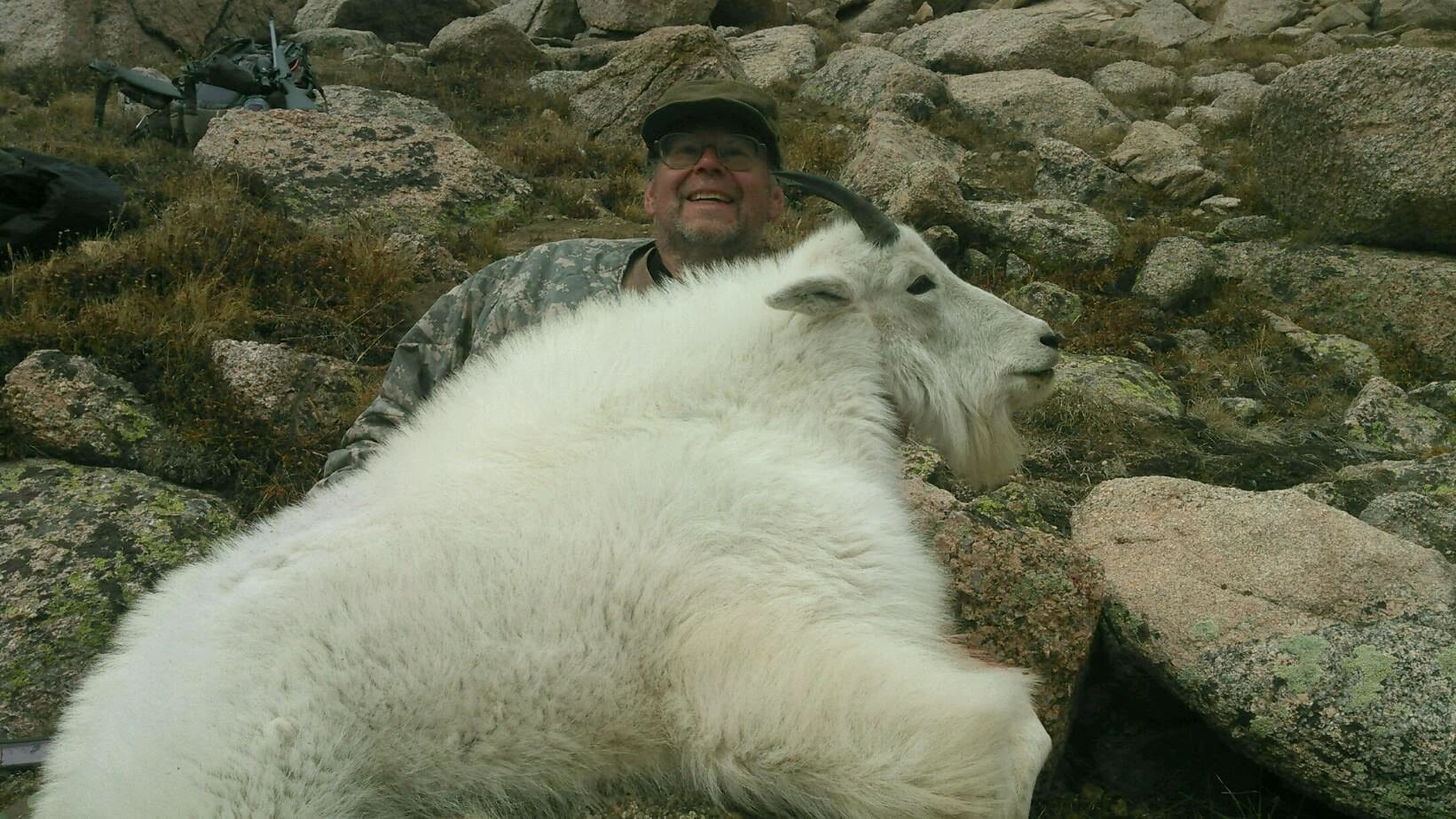 Geneva Park Outfitters: Rocky Mountain Goat Hunts