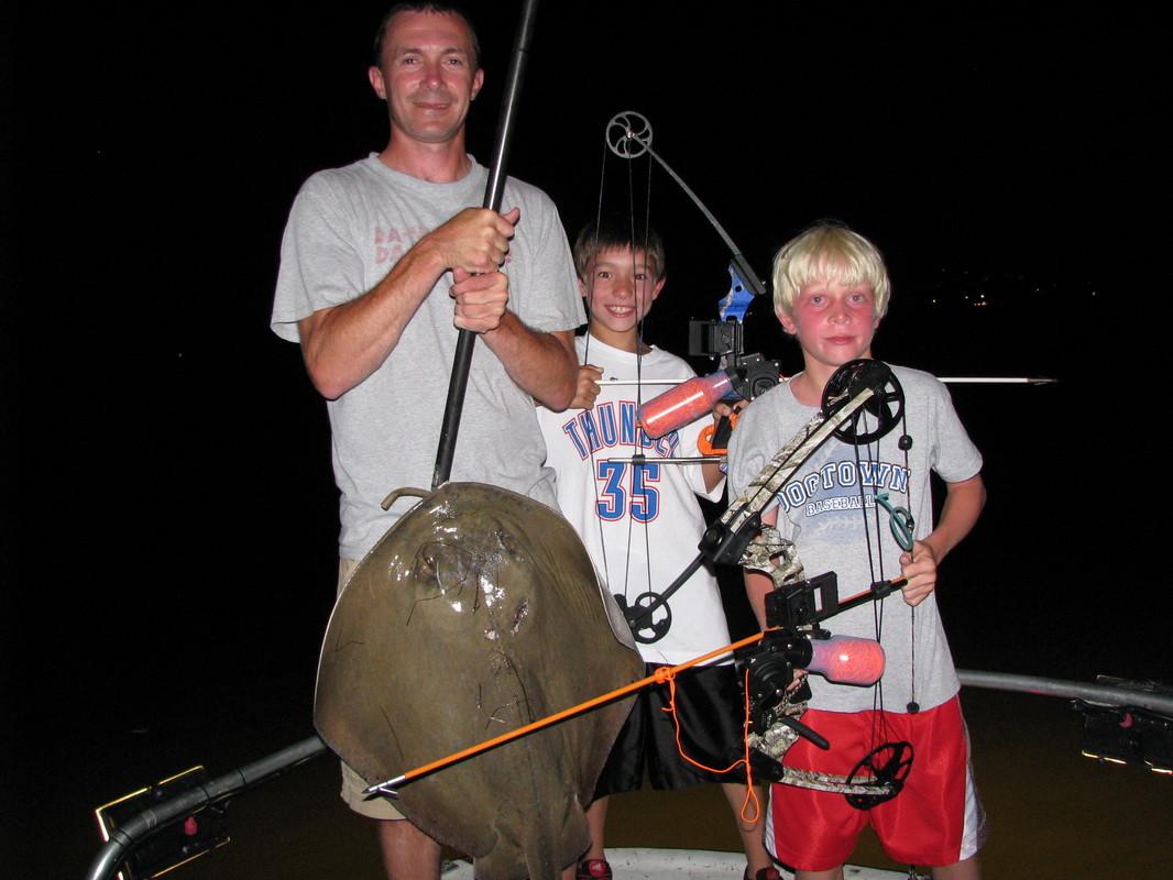Liquid Trails Bow Fishing Adventures: Inshore Bowfishing & Island Hopping Combo