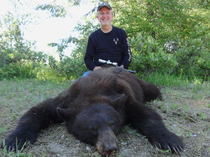 Bearpaw Outfitters: Washington Bear Hunting