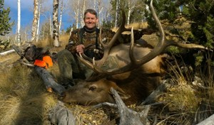 Loco Mountain Outfitters: Rifle Elk Hunts