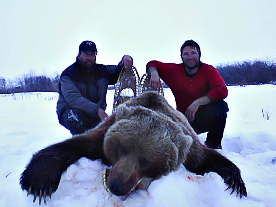 Mountain Monarchs Of Alaska: Spring Central Arctic Hunts 2017 Grizzly Bear and Wolf Hunt & Trapping Adventure