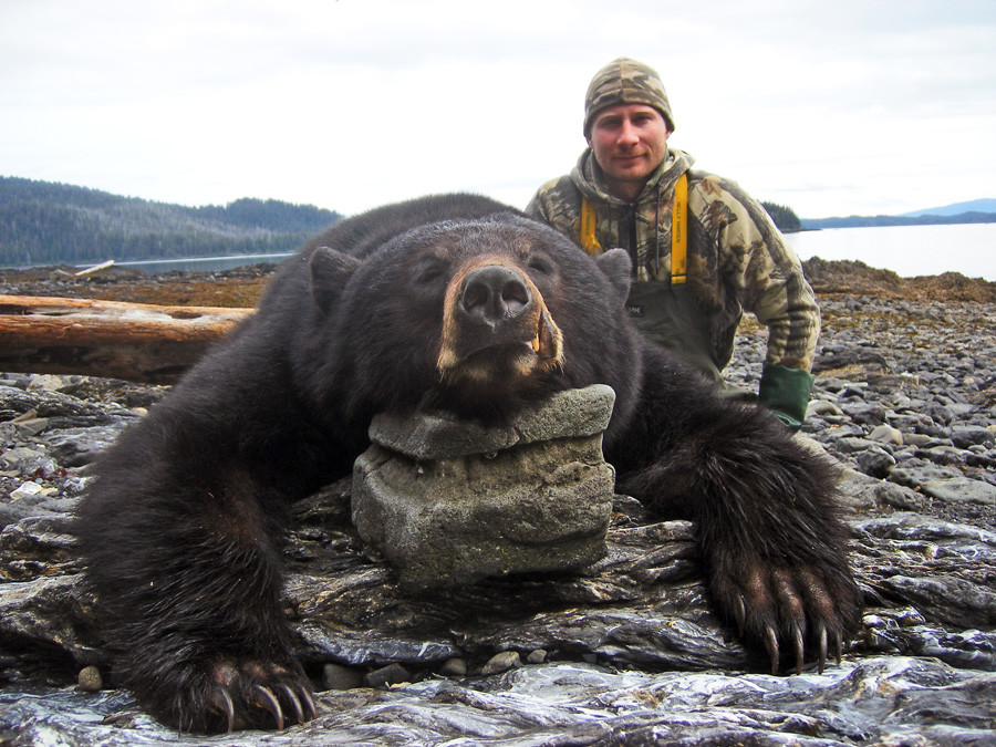 Prince Of Wales Eagle Lodge: Black Bear Hunting Package