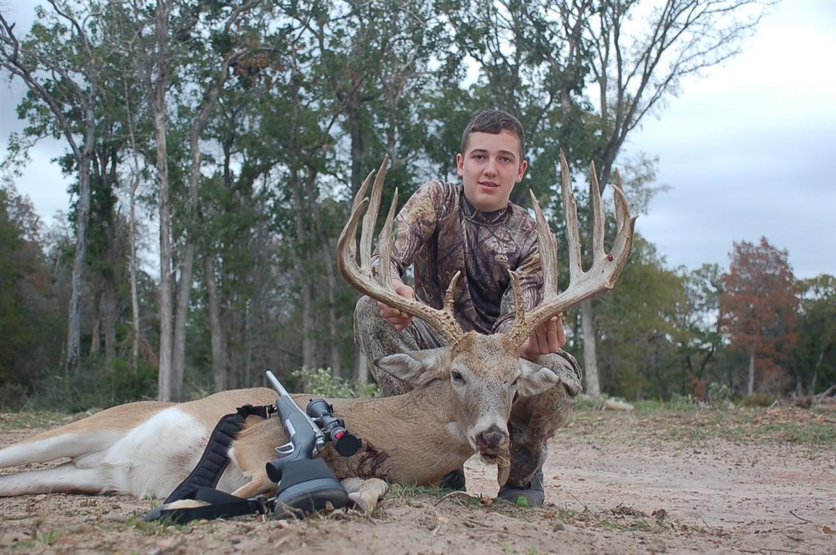 Cleghorn Ranch: Whitetail Deer Hunt