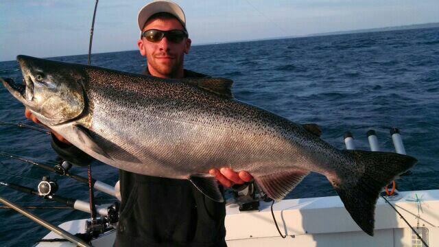 Nolans Top Gun Charters: Summer Fishing Trips