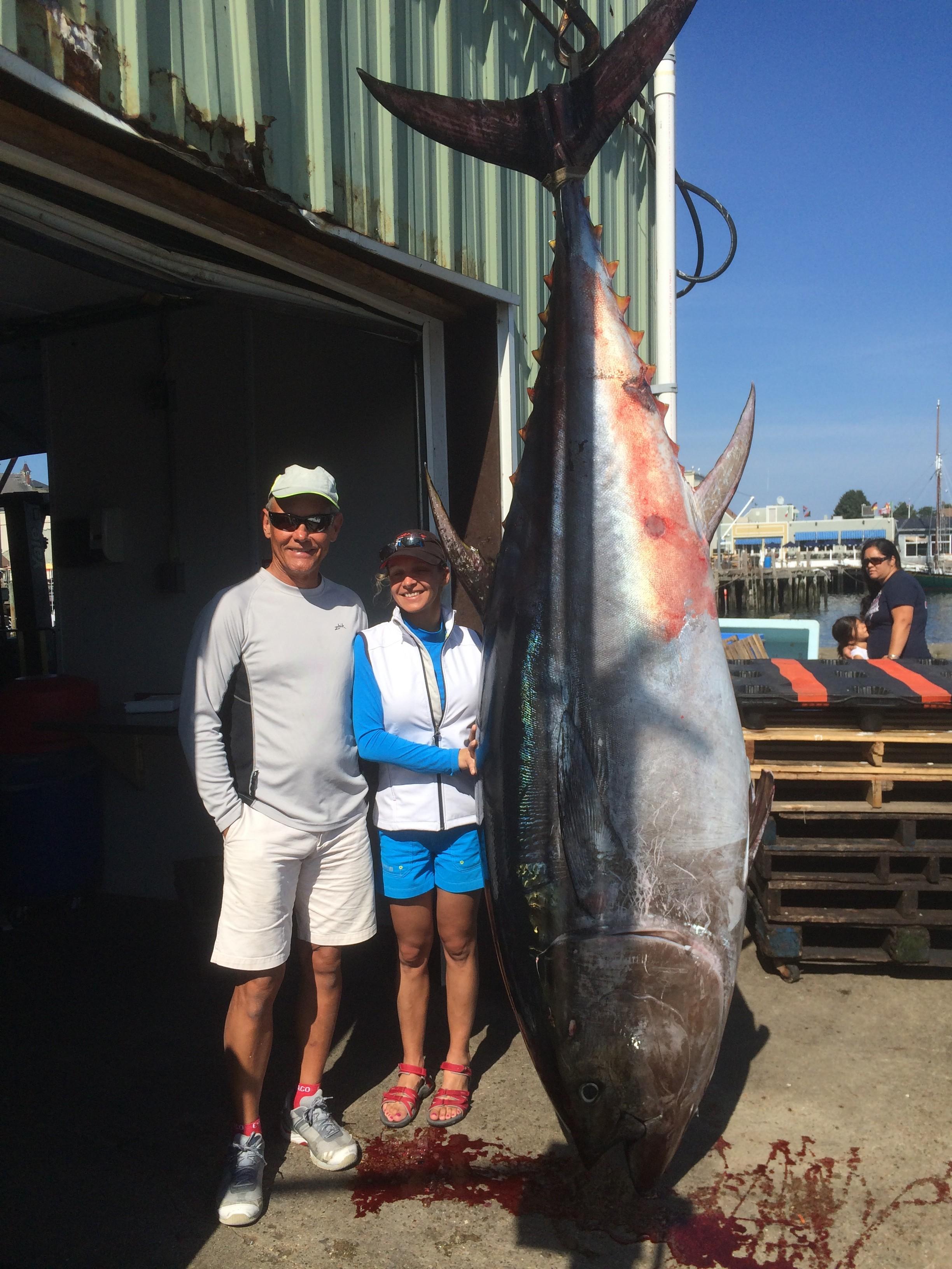Karen Lynn Charters: Giant Tuna Charter: