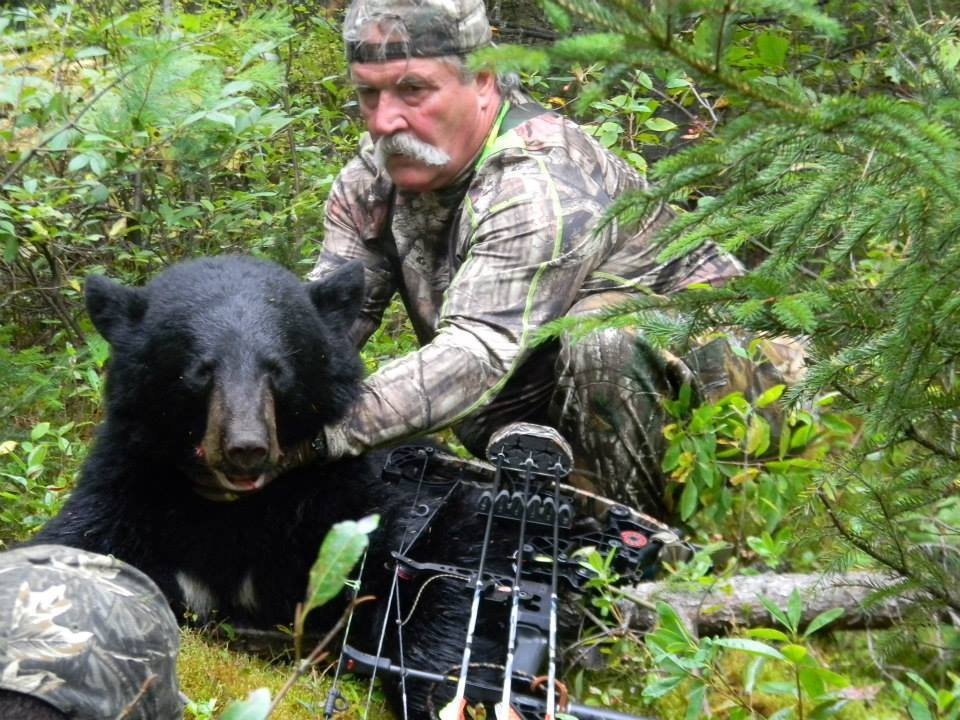 Maine Trophy Outfitters: Bear Trapping