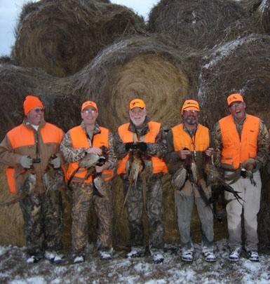 Extreme Pheasant Outfitters Llc: Pheasant Hunting Package 5-7 Hunters