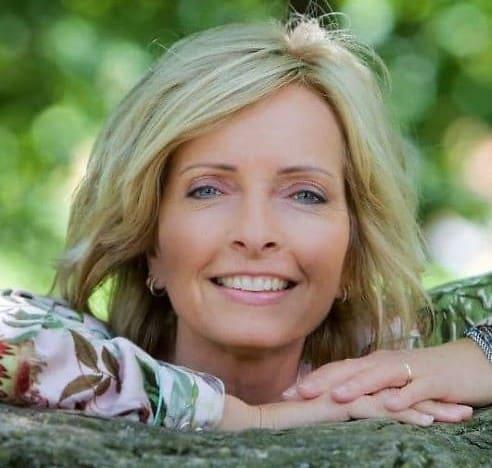 Finn din urkraft – Et foredrag uten kåpe med Hanne Kristine Rohde